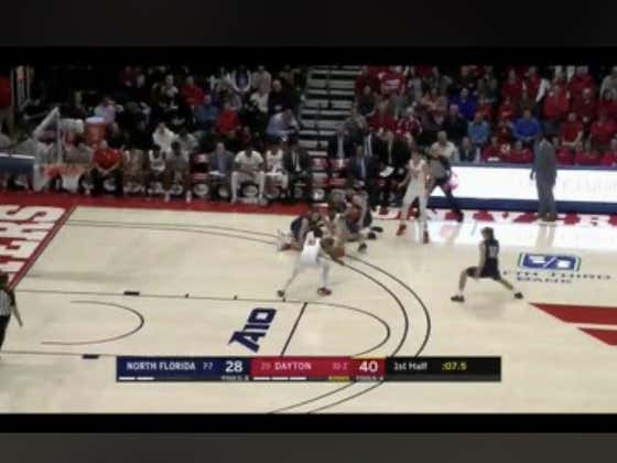 Obi Toppin with a huge dunk to close out the half and cover the +12 1H spread for Dayton