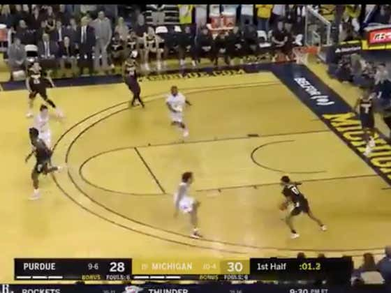 Michigan hits a layup in the final seconds to cover 1H -2.5