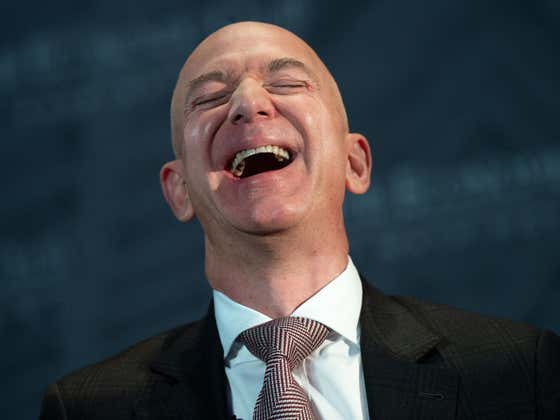 Jeff Bezos Will Be Able To Review All Of The Amazon Workers Complaints On His New $500 Million Yacht
