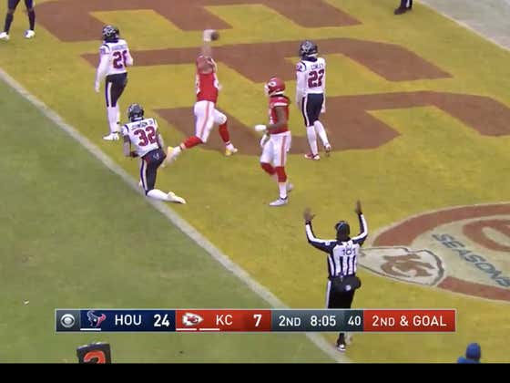Chiefs are storming back as they get a quick score after a questionable fake punt call by the Texans