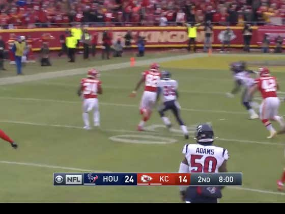 Texans fumble the kickoff and the Chiefs (-10) get the ball right back in great field position