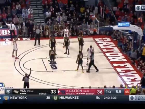 Off-ball foul on Toppin with 5 seconds left leads to two free throws to cover 1H -4.5 for Dayton